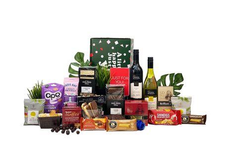 Winter Crimson Gift Box with Wine