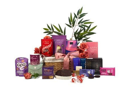 Relaxing Gifts to Pamper Mum