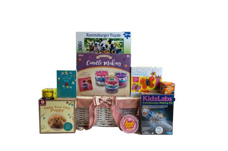 Style and Design Girls Gift Basket Age 8+