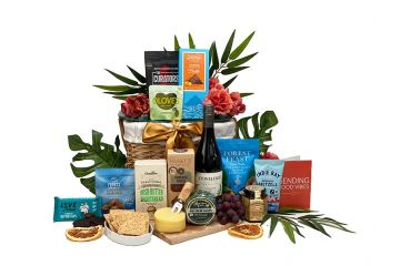 Silky Spicy Pinot Gift Hamper